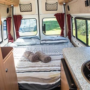 Happy-2-ST-Campervan-2-Berth-bed