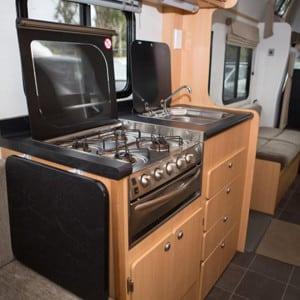 Kiwi-Deluxe-7-Berth-stove-2